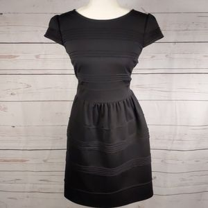 Elle Black Fit And Flare Cap Sleeve Midi Size 12